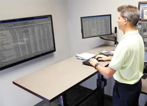 בסיס שולחן מחשב עמידה וישיבה WorkFit-B HD